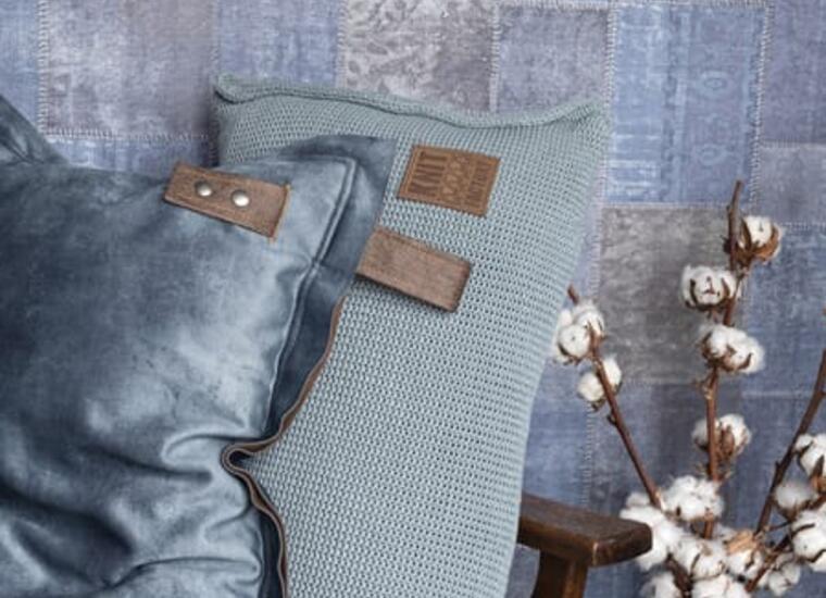 SAni Designstudio Neckarwestheim Damenmode Laden Boutique Rebecca Sigl Masai Sani Mode Übergröße Knitfactory Kissen Einrichtung Geschenke Geschenkeladen